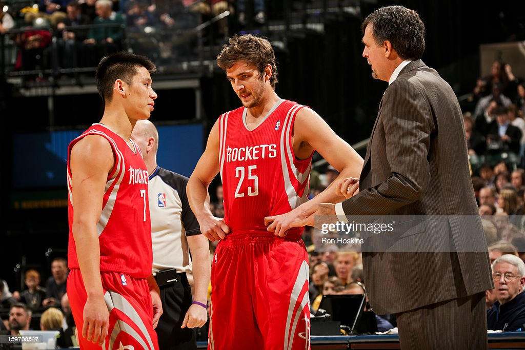 Head Coach Kevin McHale of the Houston Rockets speaks with Chandler Parsons #25 and Jeremy Lin #7 during a game against the Indiana Pacers on January 18, 2013 at Bankers Life Fieldhouse in Indianapolis, Indiana.
