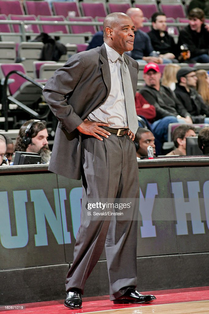 Head Coach Larry Drew of the Atlanta Hawks looks on during a game against the Detroit Pistons on February 25, 2013 at The Palace of Auburn Hills in Auburn Hills, Michigan.