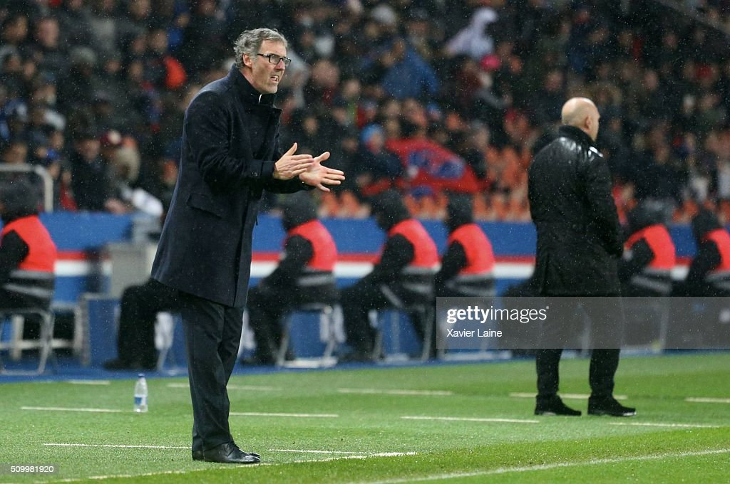 Head coach <a gi-track='captionPersonalityLinkClicked' href=/galleries/search?phrase=Laurent+Blanc&family=editorial&specificpeople=211209 ng-click='$event.stopPropagation()'>Laurent Blanc</a> of Paris Saint-Germain his dispointed during the French Ligue 1 between Paris Saint-Germain and Lille OSC at Parc Des Princes on february 13, 2016 in Paris, France.