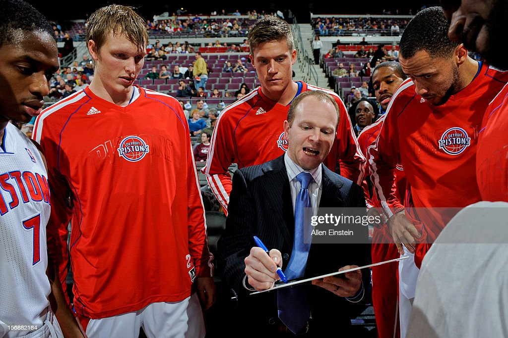 Head Coach Lawrence Frank of the Detroit Pistons draws up plays for his team before a game against the Toronto Raptors on November 23, 2012 at The Palace of Auburn Hills in Auburn Hills, Michigan.
