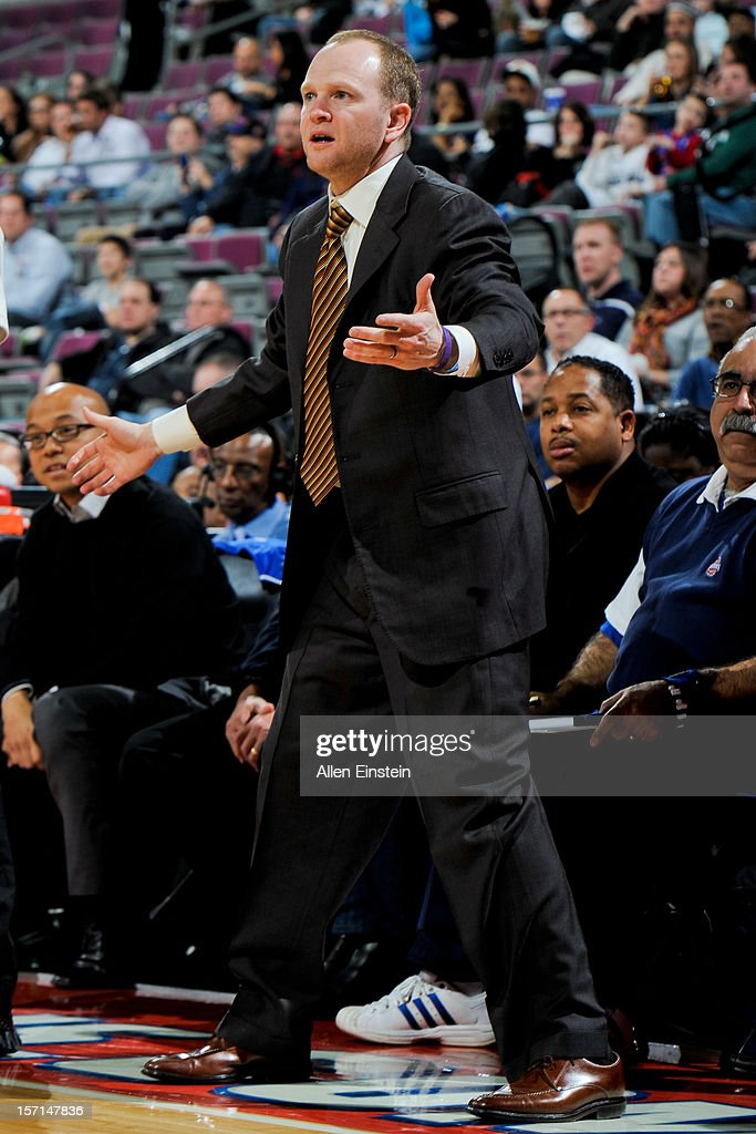 Head Coach <a gi-track='captionPersonalityLinkClicked' href=/galleries/search?phrase=Lawrence+Frank&family=editorial&specificpeople=208918 ng-click='$event.stopPropagation()'>Lawrence Frank</a> of the Detroit Pistons reacts as his team plays the Phoenix Suns on November 28, 2012 at The Palace of Auburn Hills in Auburn Hills, Michigan.