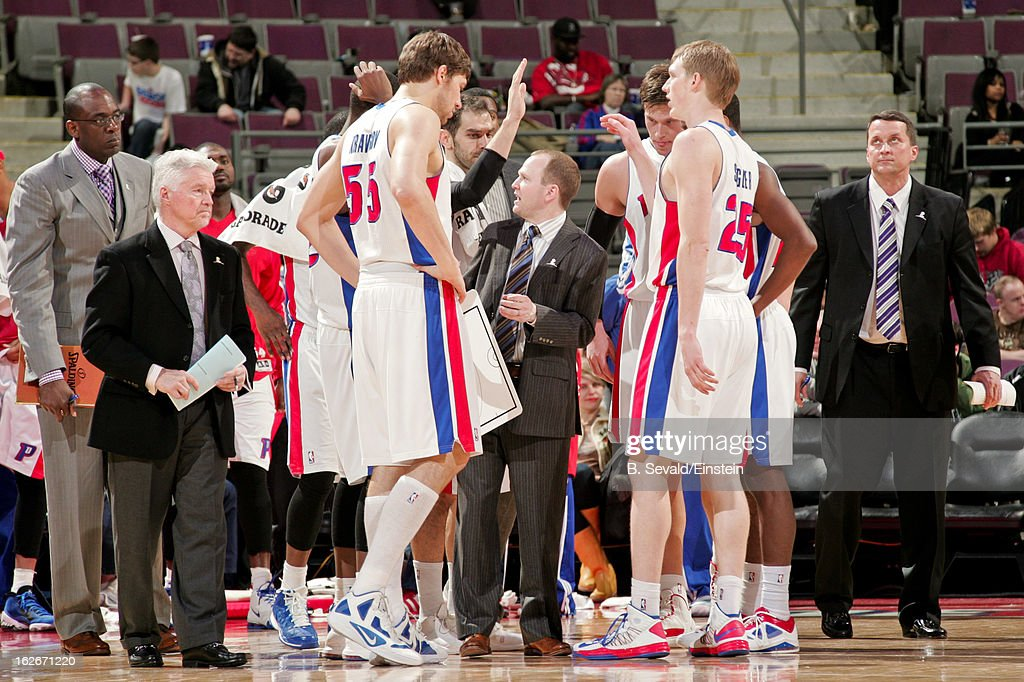 Head Coach Lawrence Frank of the Detroit Pistons speaks to his team during a game against the Atlanta Hawks on February 25, 2013 at The Palace of Auburn Hills in Auburn Hills, Michigan.