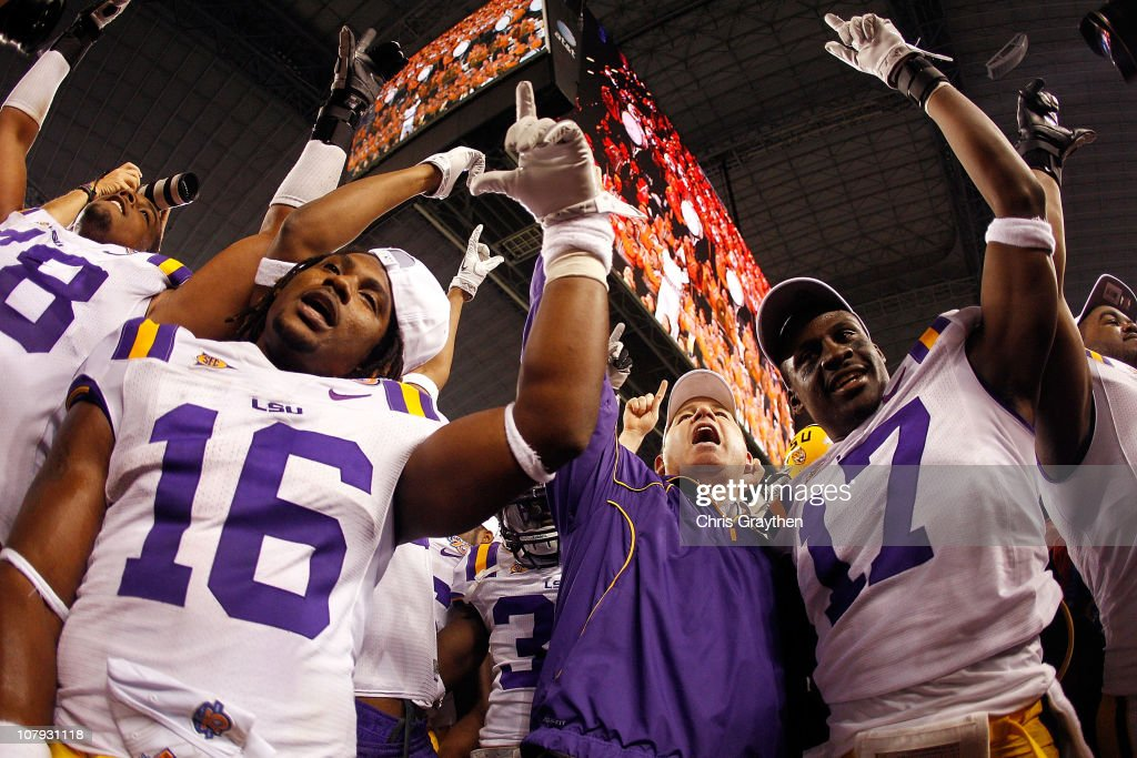 Head coach <a gi-track='captionPersonalityLinkClicked' href=/galleries/search?phrase=Les+Miles&family=editorial&specificpeople=2109775 ng-click='$event.stopPropagation()'>Les Miles</a> of the Louisiana State University Tigers celebrates after defeating the Texas A&M Aggies 41-24 during the AT&T Cotton Bowl at Cowboys Stadium on January 7, 2011 in Arlington, Texas.
