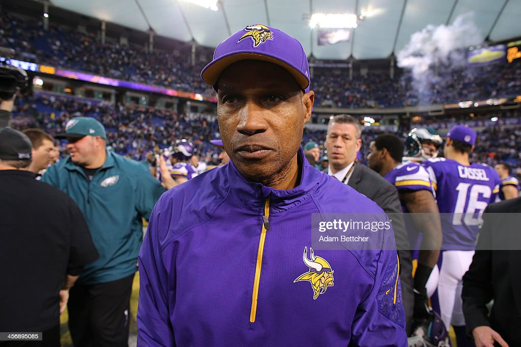 Head coach <a gi-track='captionPersonalityLinkClicked' href=/galleries/search?phrase=Leslie+Frazier&family=editorial&specificpeople=2295716 ng-click='$event.stopPropagation()'>Leslie Frazier</a> of the Minnesota Vikings leaves the field after the game against the Philadelphia Eagles on December 15, 2013 at Mall of America Field at the Hubert H. Humphrey Metrodome in Minneapolis, Minnesota.