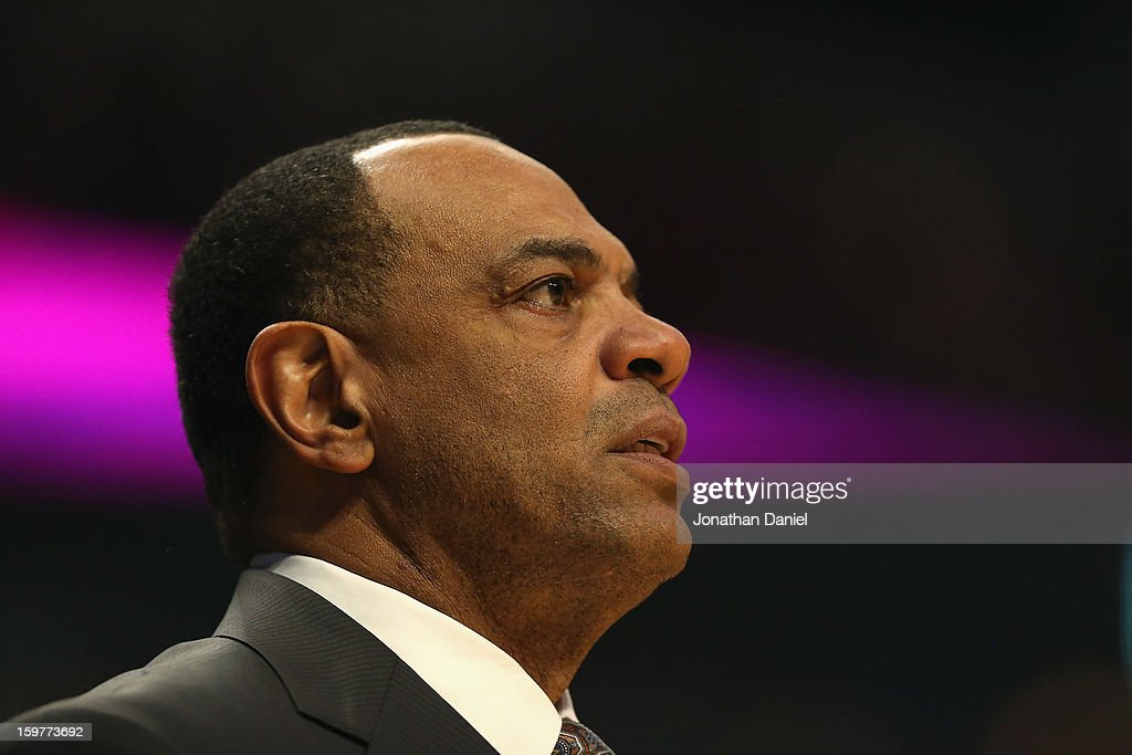 Head coach Lionel Hollins of the Memphis Grizzles watches as his team takes on the Chicago Bulls at the United Center on January 19, 2013 in Chicago, Illinois. The Grizzlies defeated the Bulls 85-82 in overtime.
