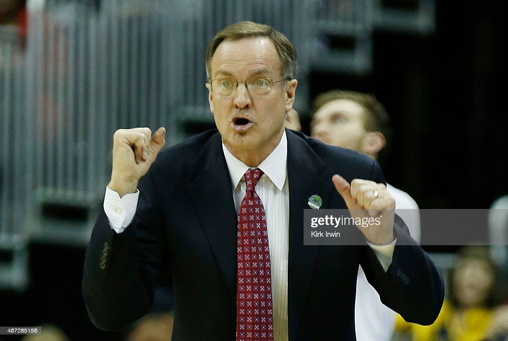 Head coach <a gi-track='captionPersonalityLinkClicked' href=/galleries/search?phrase=Lon+Kruger&family=editorial&specificpeople=642672 ng-click='$event.stopPropagation()'>Lon Kruger</a> of the Oklahoma Sooners reacts in the first half against the Dayton Flyers during the third round of the 2015 NCAA Men's Basketball Tournament at Nationwide Arena on March 22, 2015 in Columbus, Ohio.