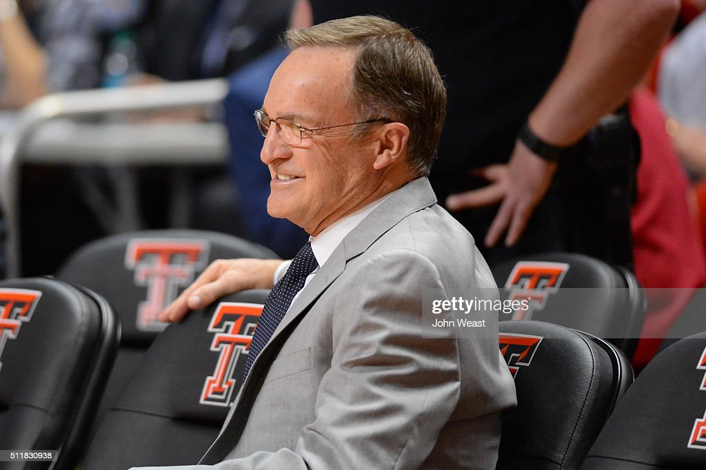 Head coach <a gi-track='captionPersonalityLinkClicked' href=/galleries/search?phrase=Lon+Kruger&family=editorial&specificpeople=642672 ng-click='$event.stopPropagation()'>Lon Kruger</a> of the Oklahoma Sooners watches his players warm up before the game against the Texas Tech Red Raiders on February 17, 2016 at United Supermarkets Arena in Lubbock, Texas. Texas Tech defeated Oklahoma 65-63.