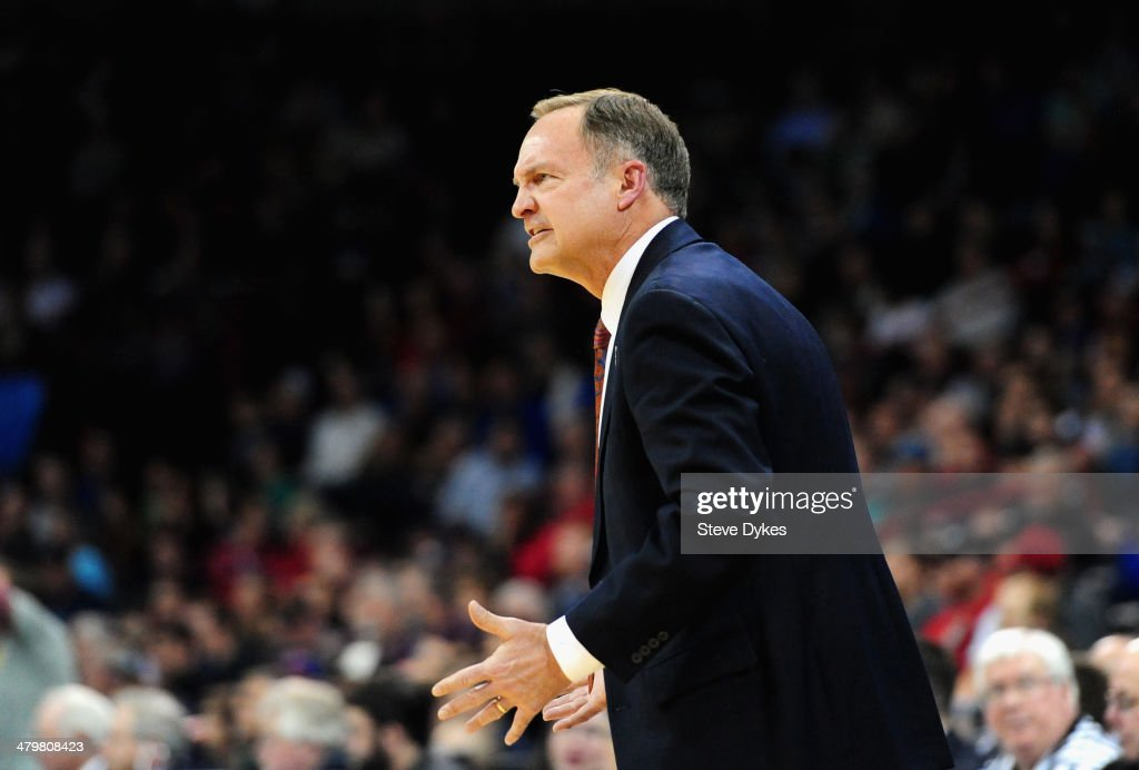 Head coach <a gi-track='captionPersonalityLinkClicked' href=/galleries/search?phrase=Lon+Kruger&family=editorial&specificpeople=642672 ng-click='$event.stopPropagation()'>Lon Kruger</a> of the Oklahoma Sooners yells to his team during the second round of the 2014 NCAA Men's Basketball Tournament against the North Dakota State Bison at Spokane Veterans Memorial Arena on March 20, 2014 in Spokane, Washington.