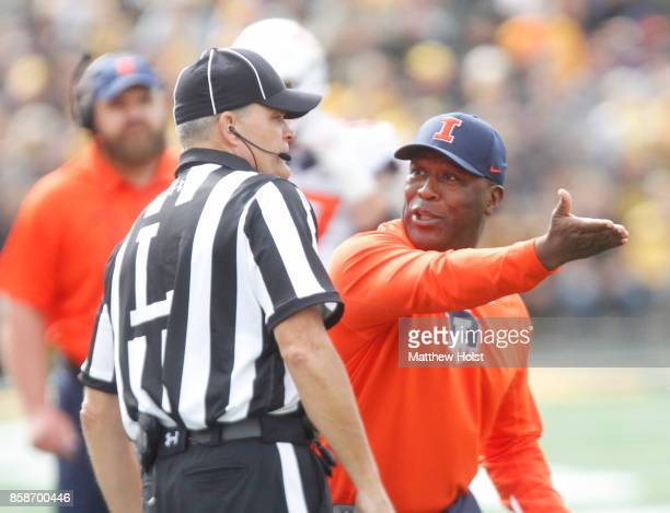 Head coach Lovie Smith of the Illinois Fighting Illini argues with an official during the second quarter against the Iowa Hawkeyes on October 7 2017...