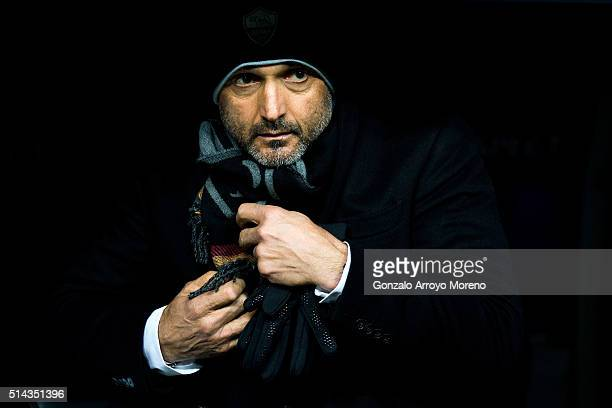 Head coach Luciano Spalletti of AS Roma looks of form the bench prior to start the UEFA Champions League Round of 16 Second Leg match between Real...