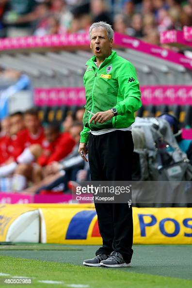 Head coach Lucien Favre of Moenchengladbach shouts during the Telekom Cup 2015 third place match between Borussia Moenchengladbach and FC Bayern...