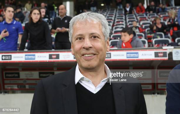 Head coach Lucien Favre of OGC Nice during the French Ligue 1 match between OGC Nice and Paris SaintGermain at Allianz Arena on April 30 2017 in Nice...