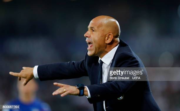 Head coach Luigi Di Biagio of Italy reacts during the UEFA European Under21 Championship Group C match between Italy and Germany at Krakow Stadium on...