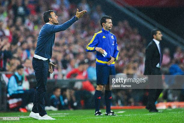 Head coach Luis Enrique of FC Barcelona directs his players during the Spanish Super Cup first leg match between FC Barcelona and Athletic Club at...