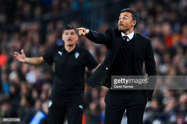 Head coach Luis Enrique of FC Barcelona directs his players during the La Liga match between FC Barcelona and SD Eibar at Camp Nou on October 25 2015...