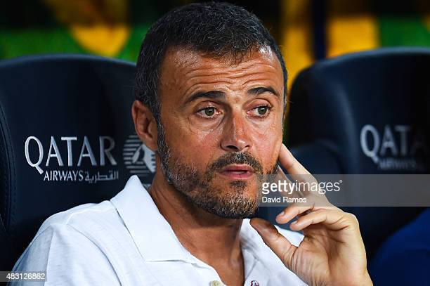Head coach Luis Enrique of FC Barcelona looks on during the Joan Gamper trophy match at Camp Nou on August 5 2015 in Barcelona Spain