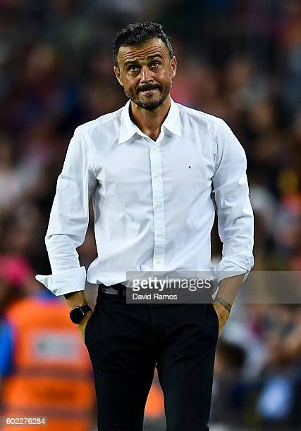 Head coach Luis Enrique of FC Barcelona looks on during the La Liga match between FC Barcelona and Deportivo Alaves at Camp Nou stadium on September...