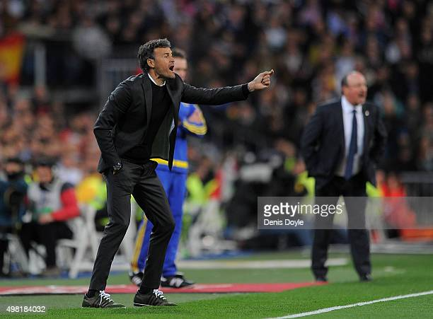 Head coach Luis Enrique of FC Barcelona reacts during the La Liga match between Real Madrid and Barcelona at Estadio Santiago Bernabeu on November 21...