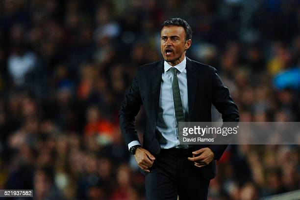 Head coach Luis Enrique of FC Barcelona reacts during the La Liga match between FC Barcelona and Valencia CF at Camp Nou on April 17 2016 in...