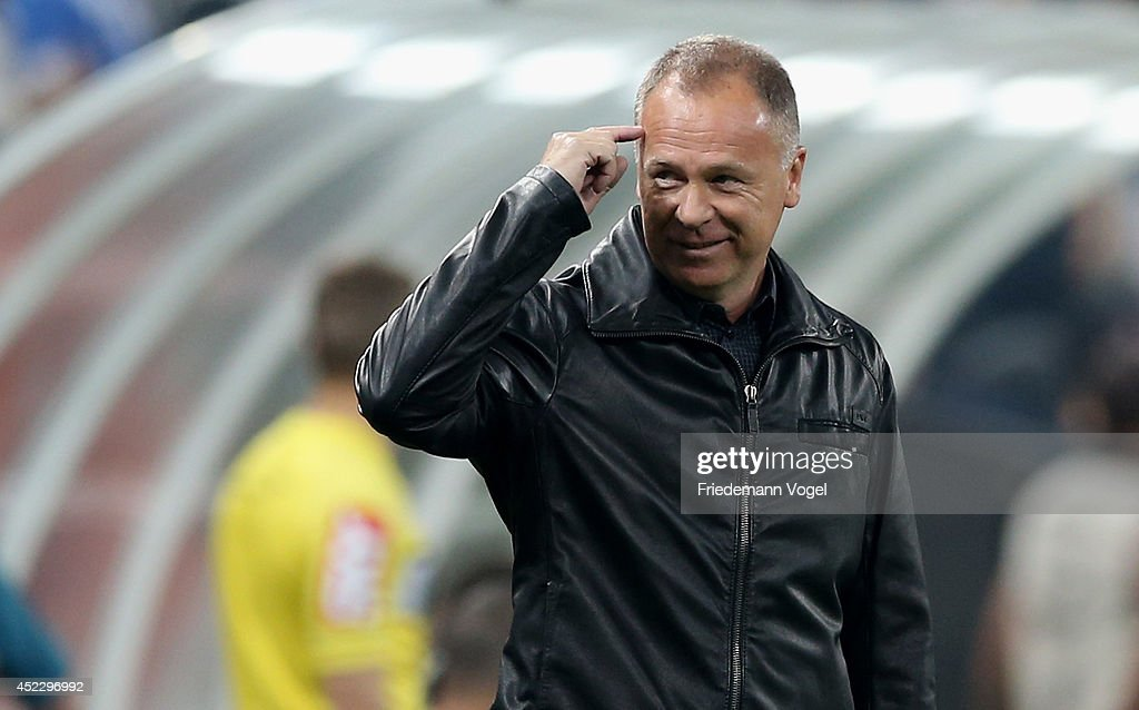 Head coach Luiz Antonio Venker Menezes of Corinthians gives advice during the match between Corinthians and Internacional for the Brazilian Series A 2014 at Arena Corinthians on July 17, 2014 in Sao Paulo, Brazil.