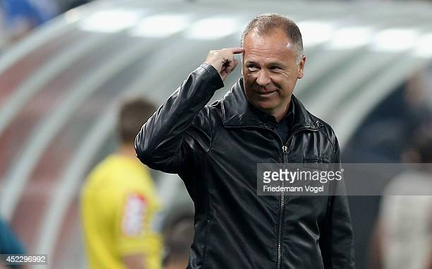 Head coach Luiz Antonio Venker Menezes of Corinthians gives advice during the match between Corinthians and Internacional for the Brazilian Series A...