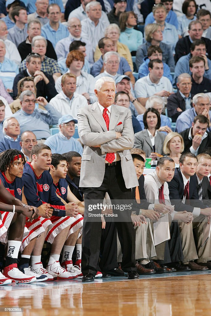 Head coach Lute Olson of the Arizona Wildcats looks on against the University of North Carolina Tar Heels on January 28, 2006 at the Dean Smith Center in Chapel Hill, North Carolina. The Tar Heels won 86-69.