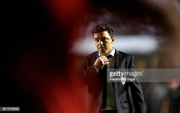 Head coach Marcelo Gallardo of River Plate looks on during a match between Sao Paulo and River Plate as part of Group 1 of Copa Bridgestone...