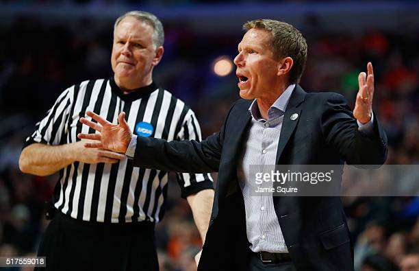 Head coach Mark Few of the Gonzaga Bulldogs reacts in the second half against the Syracuse Orange during the 2016 NCAA Men's Basketball Tournament...