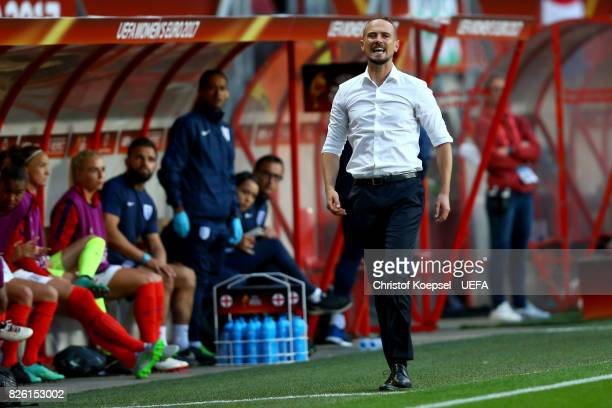 Head coach Mark Sampson of England shouts during the UEFA Women's Euro 2017 Second Semi Final match between Netherlands and England at De Grolsch...