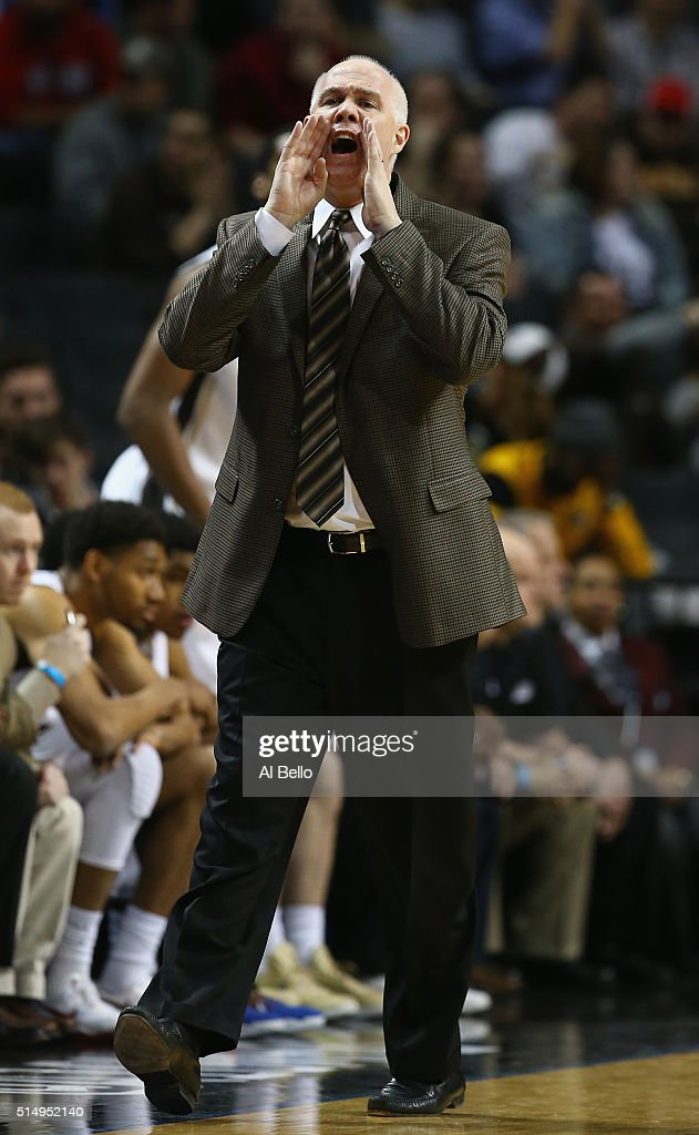 Head coach Mark Schmidt of the St Bonaventure Bonnies shouts instructions to the Davidson Wildcats during the Quarterfinals of the Atlantic 10...