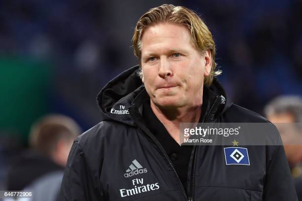 Head coach Markus Gisdol of Hamburg looks on prior to the DFB Cup quarter final between Hamburger SV and Borussia Moenchengladbach at...