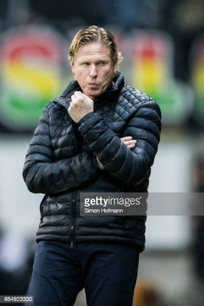 Head coach Markus Gisdol of Hamburg reacts during the Bundesliga match between Eintracht Frankfurt and Hamburger SV at CommerzbankArena on March 18...