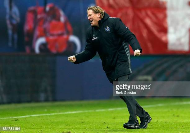 Head coach Markus Gisdol of Hamburger SV celebrates after his team's third goal during the Bundesliga match between RB Leipzig and Hamburger SV at...