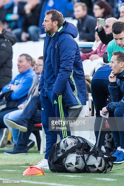 Head coach Markus Weinzierl of Schalke looks on during the friendly match between FC Schalke 04 v KV Oostende Friendly Match at Estadio Municipal...