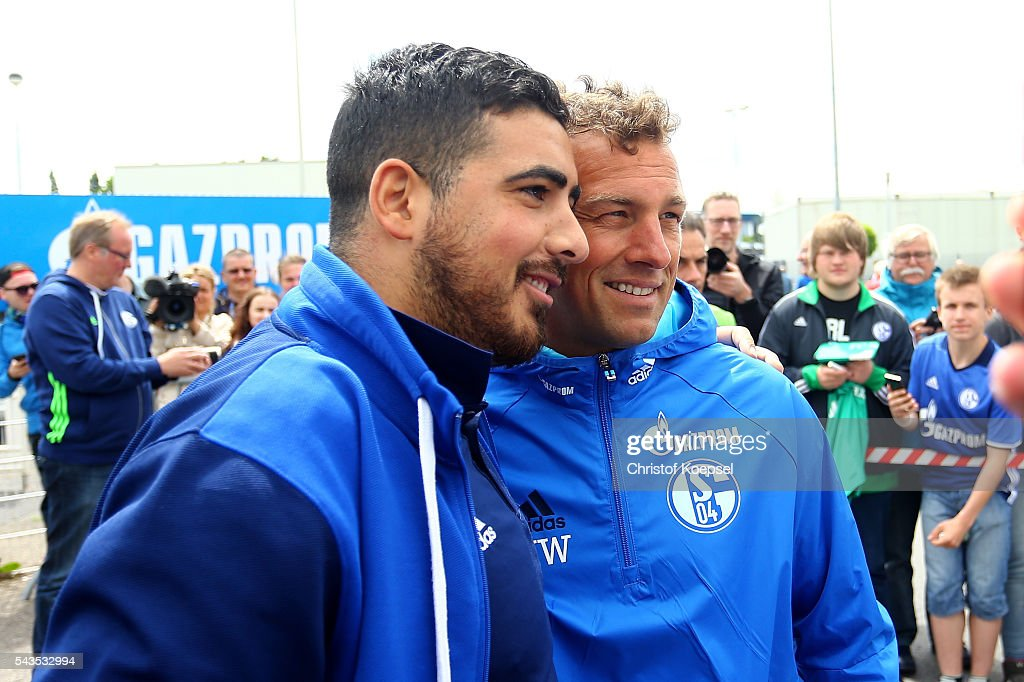 Head coach <a gi-track='captionPersonalityLinkClicked' href=/galleries/search?phrase=Markus+Weinzierl&family=editorial&specificpeople=5848121 ng-click='$event.stopPropagation()'>Markus Weinzierl</a> poses with fans after the training session of Schalke 04 at training ground on June 29, 2016 in Gelsenkirchen, Germany.