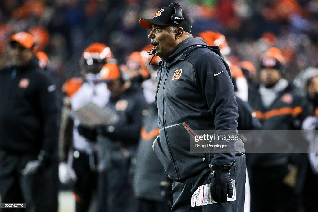 Head coach <a gi-track='captionPersonalityLinkClicked' href=/galleries/search?phrase=Marvin+Lewis+-+Coach&family=editorial&specificpeople=211207 ng-click='$event.stopPropagation()'>Marvin Lewis</a> of the Cincinnati Bengals calls out from the sideline during a game against the Denver Broncos at Sports Authority Field at Mile High on December 28, 2015 in Denver, Colorado.