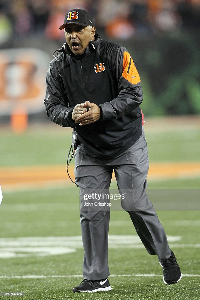 Head Coach <a gi-track='captionPersonalityLinkClicked' href=/galleries/search?phrase=Marvin+Lewis+-+Coach&family=editorial&specificpeople=211207 ng-click='$event.stopPropagation()'>Marvin Lewis</a> of the Cincinnati Bengals celebrates after Jermaine Gresham #84 of the Cincinnati Bengals scores a touchdown during the second quarter of the game against the Denver Broncos at Paul Brown Stadium on December 22, 2014 in Cincinnati, Ohio.
