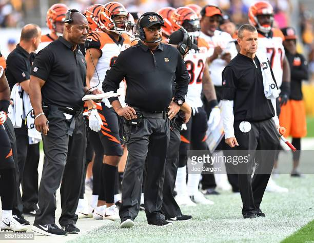 Head coach Marvin Lewis of the Cincinnati Bengals looks on from the sidelines in the first half during the game against the Pittsburgh Steelers at...
