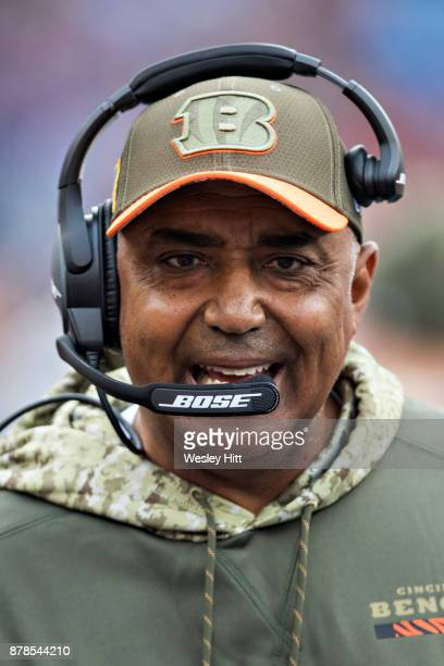Head Coach Marvin Lewis of the Cincinnati Bengals on the sidelines during a game against the Tennessee Titans at Nissan Stadium on November 12 2017...