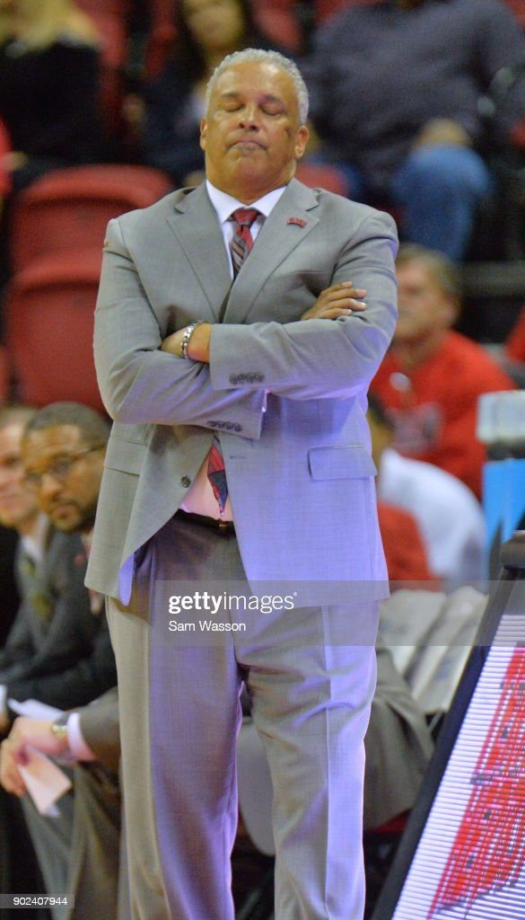 Head coach Marvin Menzies of the UNLV Rebels reacts to a call during his team's game against the Utah State Aggies at the Thomas & Mack Center on January 6, 2018 in Las Vegas, Nevada. Utah State won 85-78.