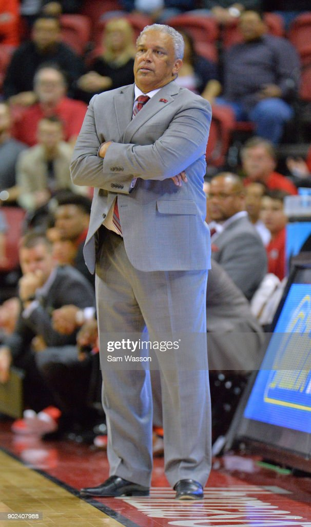 Head coach Marvin Menzies of the UNLV Rebels stands on the court during his team's game against the Utah State Aggies at the Thomas & Mack Center on January 6, 2018 in Las Vegas, Nevada. Utah State won 85-78.