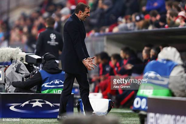 Head coach Massimiliano Allegri of Juventus reacts during the UEFA Champions League Round of 16 Second Leg match between FC Bayern Muenchen and...