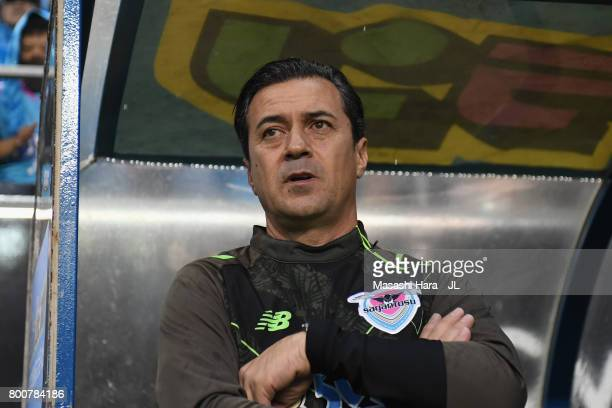 Head coach Massimo Ficcadenti of Sagan Tosu looks on prior to the JLeague J1 match between Sagan Tosu and Urawa Red Diamonds at Best Amenity Stadium...