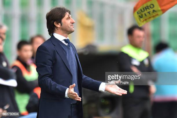 Head coach Massimo Rastelli of Cagliari looks on during the Serie A match between US Citta di Palermo and Cagliari Calcio at Stadio Renzo Barbera on...