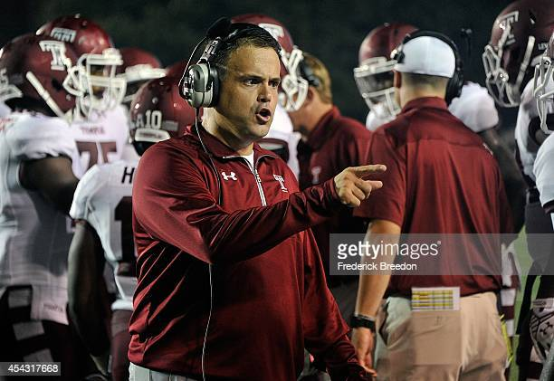 Head coach Matt Rhule of the Temple Owls coaches against the Vanderbilt Commodores at Vanderbilt Stadium on August 28 2014 in Nashville Tennessee