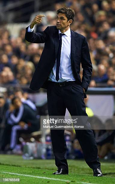 Head coach Mauricio Pellegrino of Valencia gives instructions during the UEFA Champions League group F match between Valencia CF and FC Bayern...