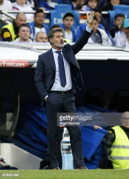 Head coach Michel Gonzalez of Malaga gives instructions during the La Liga match between Real Madrid and Malaga at Estadio Santiago Bernabeu on...