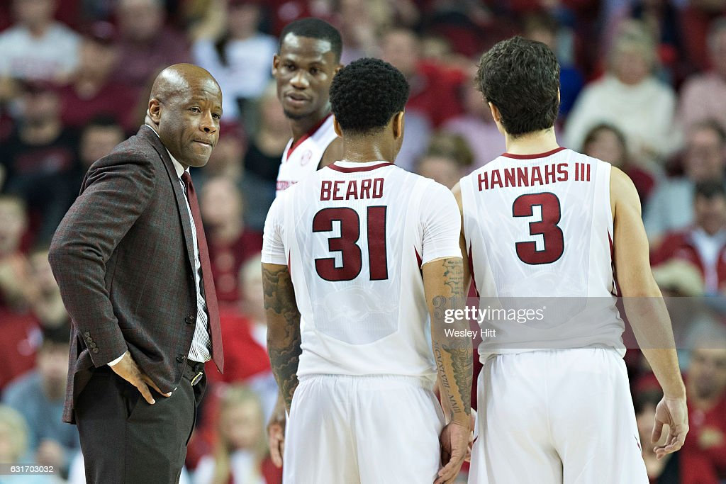 Head Coach Mike Anderson of the Arkansas Razorbacks talks to his team during a game against the Missouri Tigers at Bud Walton Arena on January 14, 2017 in Fayetteville, Arkansas. The Razorbacks defeated the Tigers 92-73.