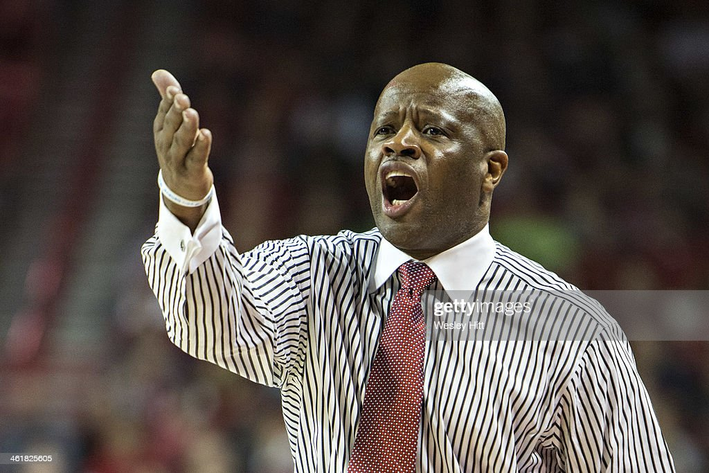 Head Coach Mike Anderson of the Arkansas Razorbacks yells at the Referees during a game against the Florida Gators at Bud Walton Arena on January 11, 2014 in Fayetteville, Arkansas. The Gators defeated the Razorbacks 84-82.