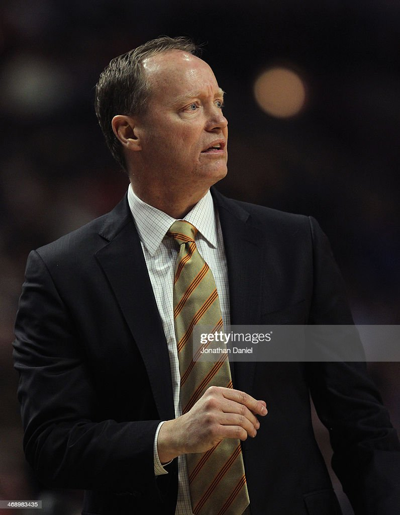 Head coach Mike Budenholzer of the Atlanta Hawks watches as his team takes on the Chicago Bulls at the United Center on February 11, 2014 in Chicago, Illinois. The Bulls defeated the Hawks 100-85.